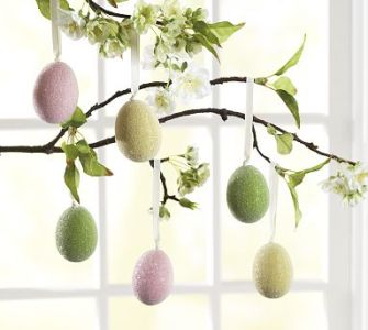 Hanging Sugared Eggs