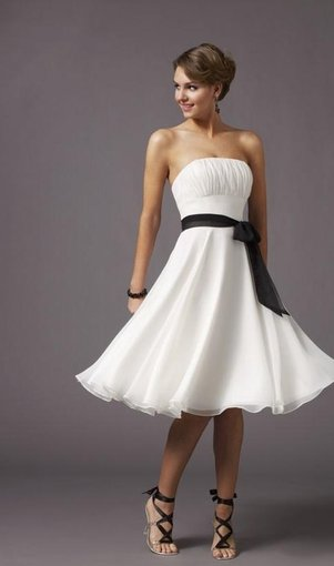 Strapless Knee Length Homecoming Dress